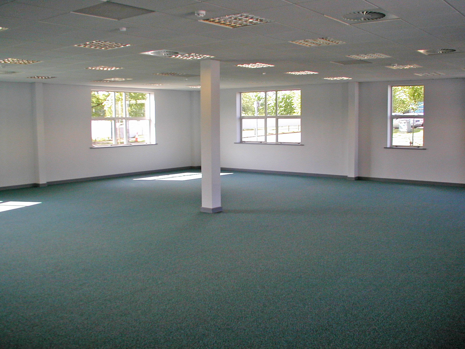 Office refurbishment conamar building services for Office refurbishment