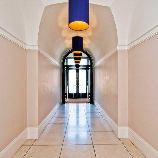 rosscourt-mansion244136_hall_rgb
